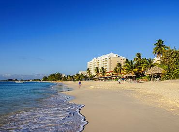 Seven Mile Beach, George Town, Grand Cayman, Cayman Islands, Caribbean, Central America