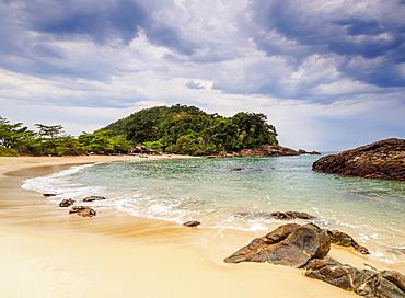 View of the Cachadaco Beach, Trinidade, Paraty Zone, State of Rio de Janeiro, Brazil, South America