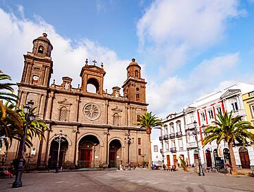 Santa Ana Cathedral, Plaza de Santa Ana, Las Palmas de Gran Canaria, Gran Canaria, Canary Islands, Spain