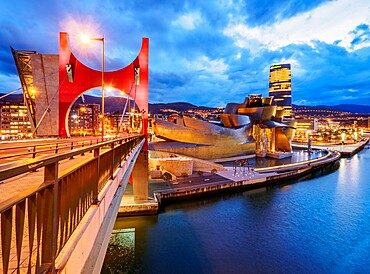 La Salve Bridge and The Guggenheim Museum at dusk, Bilbao, Biscay, Basque Country, Spain, Europe