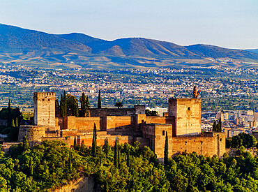 The Alhambra, a palace and fortress complex, sunset, UNESCO World Heritage Site, Granada, Andalusia, Spain, Europe