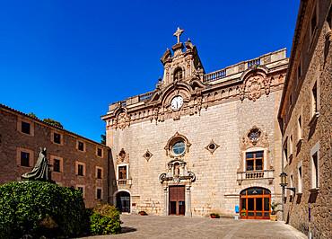The Santuari de Lluc (Lluc Monastery), Serra de Tramuntana, Mallorca (Majorca), Balearic Islands, Spain, Mediterranean, Europe