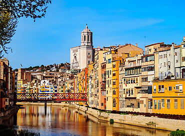 Colourful houses and the cathedral reflecting in the Onyar River, Girona or Gerona, Catalonia, Spain