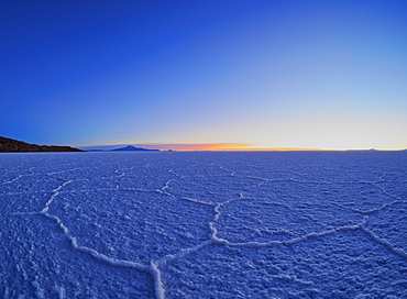 View of the Salar de Uyuni, the largest salt flat in the world, at sunrise, Daniel Campos Province, Potosi Department, Bolivia, South America