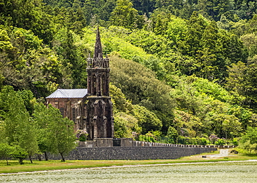 Chapel of Nossa Senhora das Vitorias by the Lagoa das Furnas, Sao Miguel Island, Azores, Portugal, Atlantic, Europe