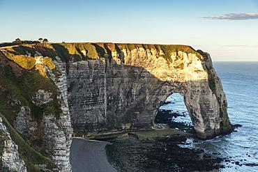 Cliffs seen from Porte d'Aval, Etretat, Normandy, France, Europe