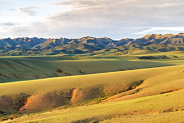 Hills and mountains, Bayandalai district, South Gobi province, Mongolia, Central Asia, Asia