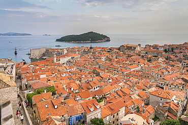 View over the old town and Lokrum island in summer, Dubrovnik, UNESCO World Heritage Site, Dubrovnik-Neretva county, Croatia, Europe