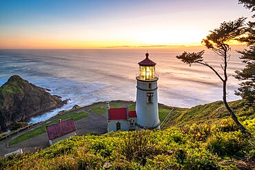 Heceta Head Lighthouse at sunset, Florence, Lane county, Oregon, United States of America, North America