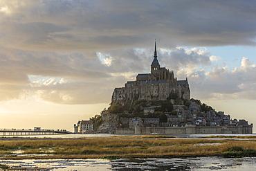 Sunset light, Mont-Saint-Michel, UNESCO World Heritage Site, Normandy, France, Europe