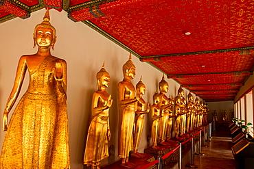 Buddhas in Wat Pho (Wat Po), Bangkok, Thailand, Southeast Asia, Asia