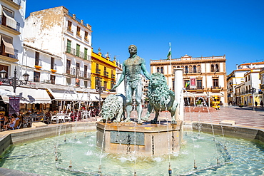 Statue of Hercules and two lions in a fountain at Plaza del Socorro, Ronda, Andalusia, Spain, Europe