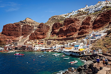 Ammoudi Bay (Amoudi) at the bottom of the steps below Oia, Santorini, Cyclades, Greek Islands, Greece, Europe