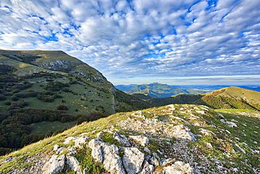 Monte Cucco at sunset, Monte Cucco Park, Apennines, Umbria, Italy, Europe