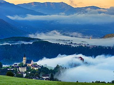 Rodengo village at sunrise, Val Pusteria, Trentino-Alto Adige, Italy, Europe