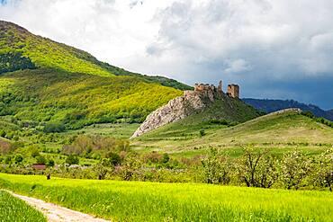 Coltesti Fortress, a spectacular ruin in the panoramic landscape of Trascaului Mountains, Apuseni Mountains, Rimetea, Romania, Europe