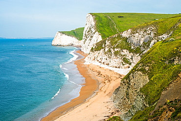 Dramatic coastal scenery, chalk cliffs of Swyre Head and Bat's Head, at Durdle Door on England's Jurassic Coast, UNESCO World Heritage Site, Dorset, England, United Kingdom, Europe