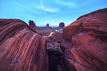 Monument Valley, Arizona, United States of America, North America - 1268-19