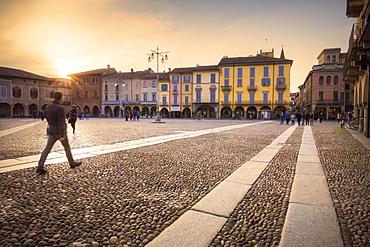 Sunset at Piazza della Vittoria (Vittoria Square), Lodi, Province of Lodi, Lombardy, Italy, Europe