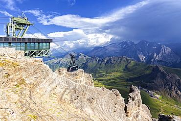 Pordoi cable car, Piz Pordoi, Pordoi Pass, Fassa Valley, Trentino, Dolomites, Italy, Europe