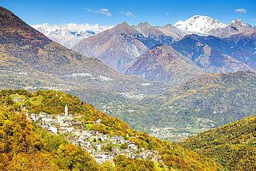 Village of Sacco in autumn colors, Valgerola (Gerola Valley), Orobie, Valtellina, Lombardy, Italy, Europe