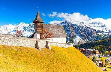Traditional church in Arosa, Canton Graubunden, Switzerland, Europe