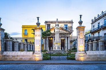 El Templete in La Habana Vieja, UNESCO World Heritage Site, Old Havana, La Habana (Havana), Cuba, West Indies, Caribbean, Central America