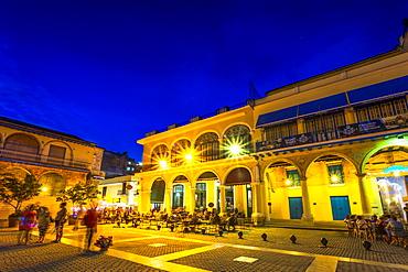 Old Town Square, Plaza Vieja at night, La Habana Vieja, UNESCO World Heritage Site, La Habana (Havana), Cuba, West Indies, Caribbean, Central America