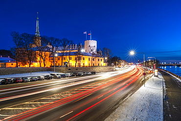 Riga's skyline and President Castle at night in winter, Old Town, UNESCO World Heritage Site, Riga, Latvia, Europe