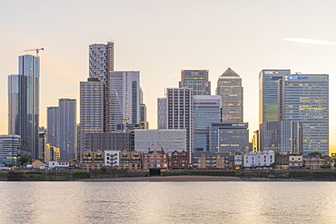Canary Wharf and the River Thames, Docklands, London, England, United Kingdom, Europe