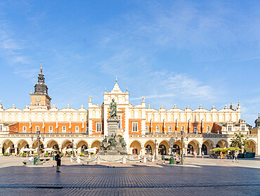 The Old Town Square and Adam Mickiewicz Monument, UNESCO World Heritage Site, Krakow, Poland, Europe