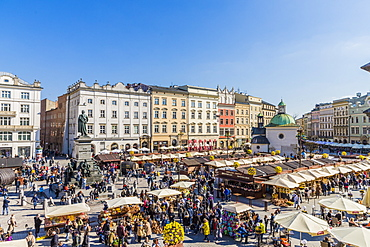 The main square, Rynek Glowny, in the medieval old town of Krakow, UNESCO World Heritage Site, Krakow, Poland, Europe
