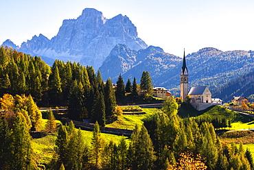 The church of Selva di Cadore and Mount Pelmo, Dolomites, UNESCO World Heritage Site, Belluno province, Veneto, Italy, Europe