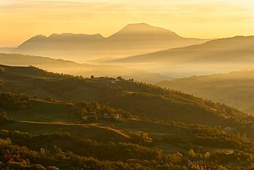 Autumn in Tosco Emiliano Apennines at dawn, Apuan Alps, Lizzano in Belvedere, Emilia Romagna, Italy, Europe