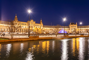 Long exposure of the Plaza de Espana in Parque de Maria Luisa at night, Seville, Andalucia, Spain, Europe
