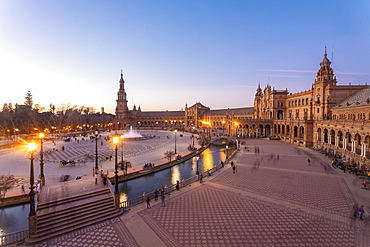 Plaza de Espana in Parque de Maria Luisa at sunset, Seville, Andalucia, Spain, Europe