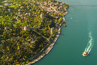 Rumli Hisar (Rumelian Castle) (Rumelihisari) hilltop 15th century fortress with multiple towers, walking paths and water views, Istanbul, Turkey, Europe