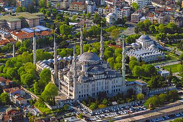 Aerial of Sultan Ahmet Mosque (Blue Mosque), UNESCO World Heritage Site, Istanbul, Turkey, Europe