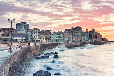 Malecon, Havana, Cuba, West Indies, Caribbean, Central America
