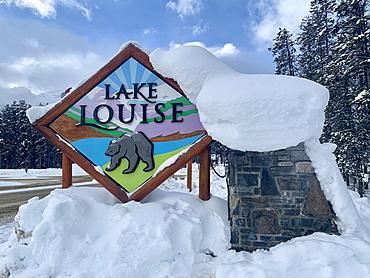 Lake Louise sign, Alberta, Canada, North America