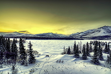 Sunrise over the frozen Otto Lake and snowy mountains of Denali National Park in the background, Alaska, United States of America, North America - 1320-105