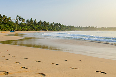 Talalla Beach, Sri Lanka, Asia