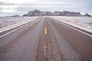 The road to the Badlands, Badlands National Park, South Dakota, United States of America, North America