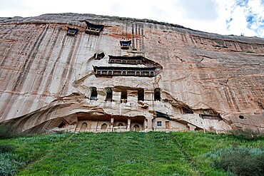 Front view of a temple hollowed in the mountain, Ganzu, China, Asia