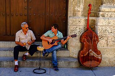 Street performers entertain the passers by, Havana, Cuba