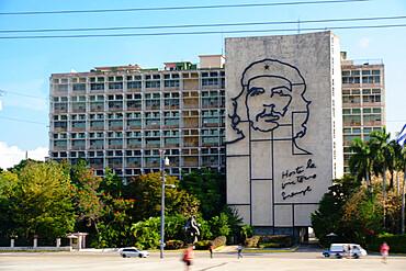 Giant sculpture of Che Guevara in Plaza De La Revolucion (Revolution Square), Havana, Cuba, West Indies, Central America