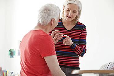 Smoking treatment elderly person