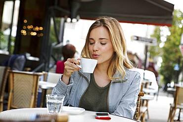 Coffee shop, outdoor tables