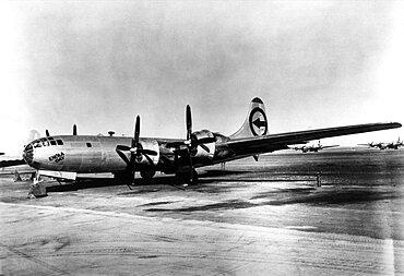 WWII, Enola Gay, 1945