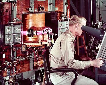 Perhapsatron, Early Fusion Power Device